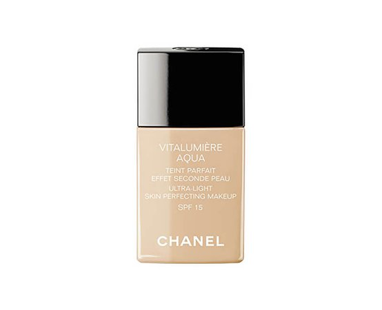 Chanel Rozjasňující hydratační make-up Vitalumiere Aqua SPF 15 (Ultra-Light Skin Perfecting Sunscreen Makeup) 30 ml | Krasa.cz
