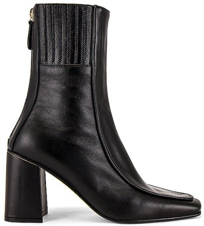 Piping Patterned Boots
