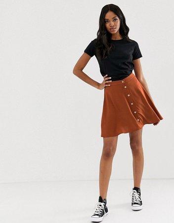 Minifalda con botones en color teja de New Look | ASOS