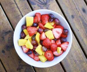 Healthy Snack uploaded by dilara on We Heart It