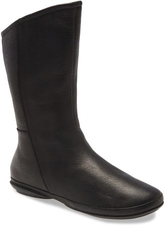 Right Water Resistant Boot