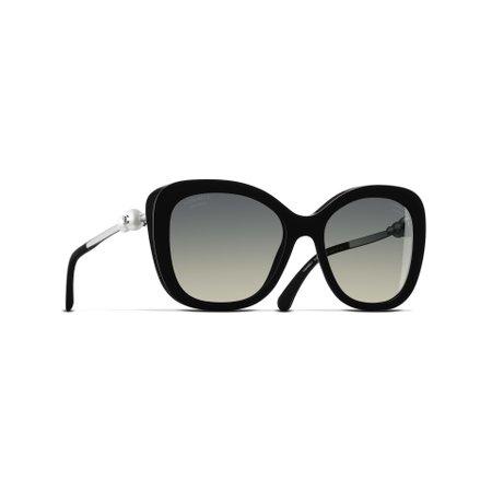 Square Sunglasses Black eyewear | CHANEL