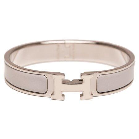 grey bracelet – Pesquisa Google