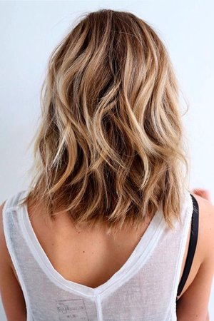 medium height hairstyle