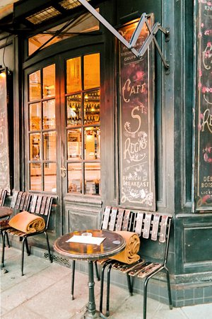 25 Photos of Paris in Winter That Prove it Really is Always a Good Idea — ckanani luxury travel & adventure