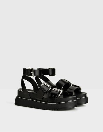 Strappy platform sandals with buckle - Shoes - Woman | Bershka