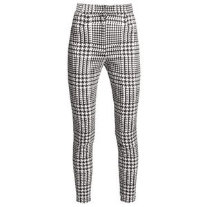 black plaid pants checkered