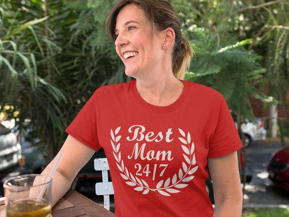 Best Mom Tshirt Gift For Mom Personalized Gift For Women   Etsy