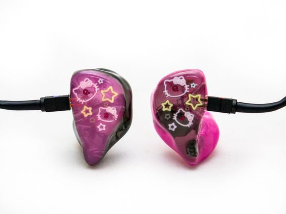 in ear lia