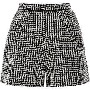 Sea Needlepoint Houndstooth Shorts