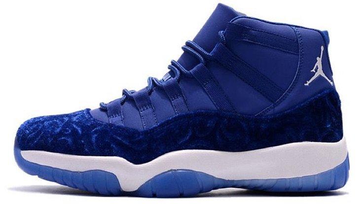 blue velvet Jordan's