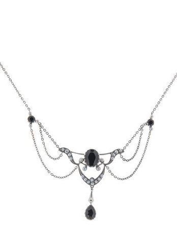 DRAPING ONYX NECKLACE