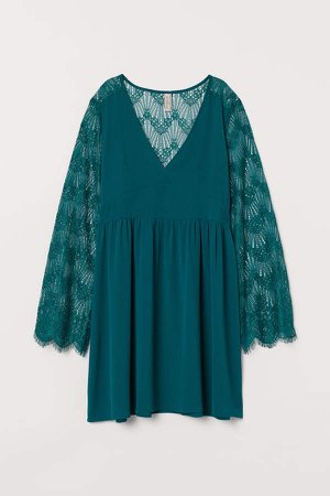 Short Lace Dress - Green