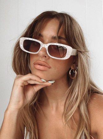 Creeper Sunglasses Pearl White