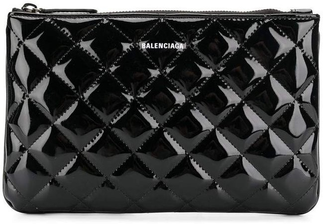 Ville M quilted pouch