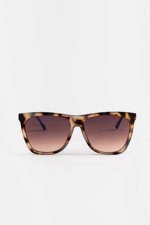 Kortney Round Sunglasses | francesca's