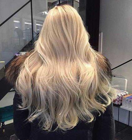 blonde hair e platinum hair imagem no We Heart It