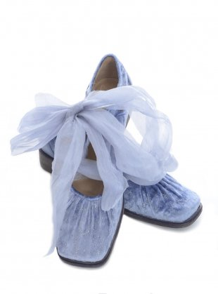 Blue Romance Shoes by Renli Su / Shoes | Young British Designers