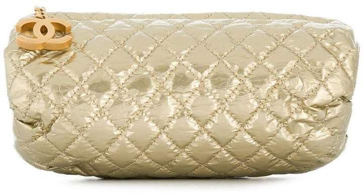 Pre-Owned diamond quilted clutch