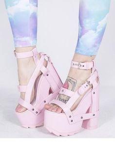 Pinterest  StylishVein ⏎ (With images)   Platform heels, Heels, Dollskill shoes