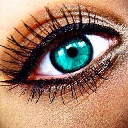 Beautiful teal eyes with eyeshadow