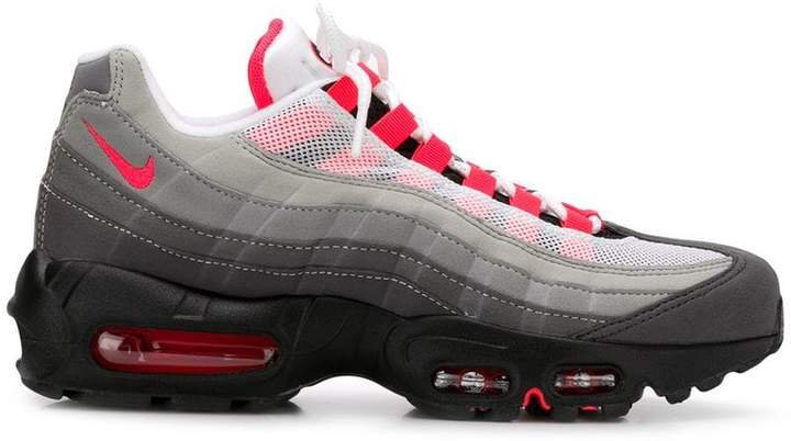 95 iD sneakers