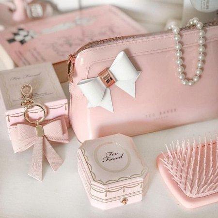 Pink Feminine Aesthetic Photo