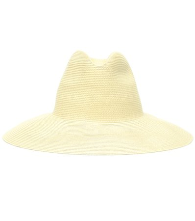 Wide-brim hat