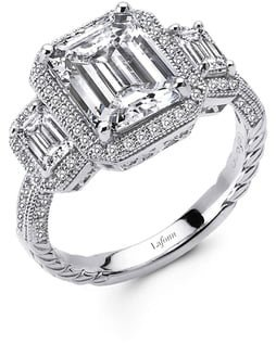 'Lassaire' Three Stone Ring