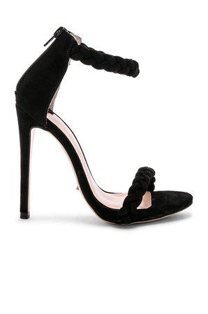 Amaro Heel