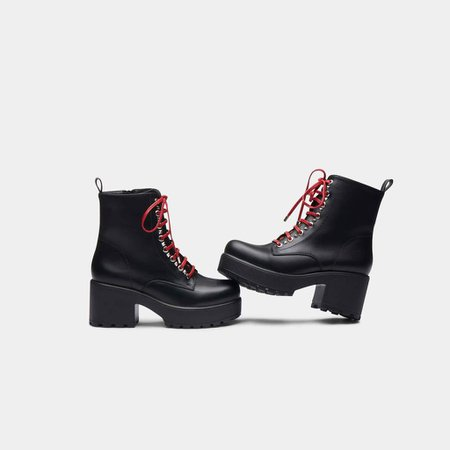 *clipped by @luci-her* Duke Lace Up Boot Size 10   Koi