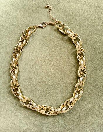 Monki Mia chunky chain necklace in gold | ASOS
