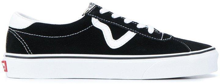 UA Sport sneakers