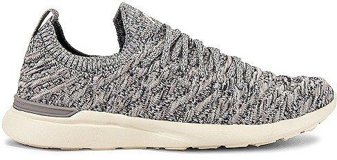 TechLoom Wave Sneaker