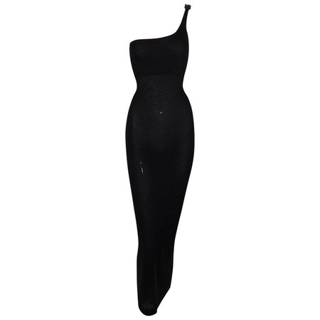 F/W 1997 Gucci by Tom Ford Black One Shoulder Crystal G Gown Dress For Sale at 1stdibs