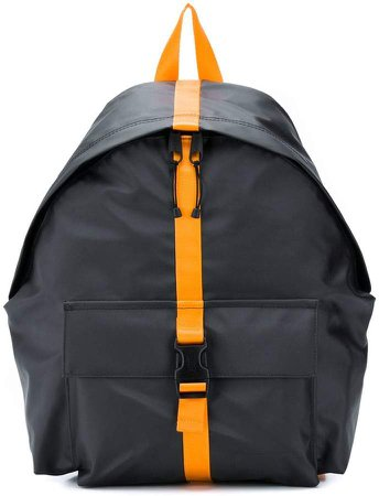backpack with contrasting buckle