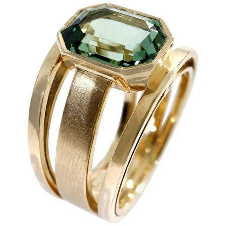Coralie Van Caloen 18 Carat Yellow Gold Green Tourmaline Band Ring For Sale at 1stdibs