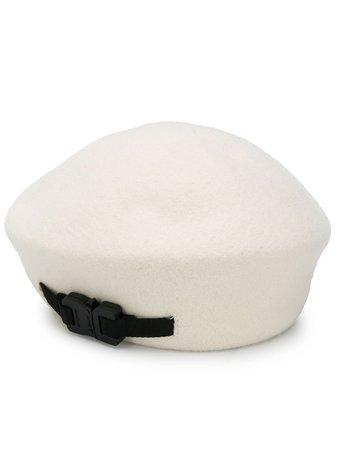 White 1017 Alyx 9Sm Clasp-Detail Beret Hat | Farfetch.com