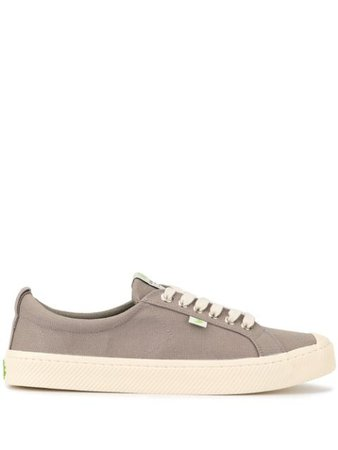 Cariuma OCA Low Mystic Grey Canvas Sneaker - Farfetch