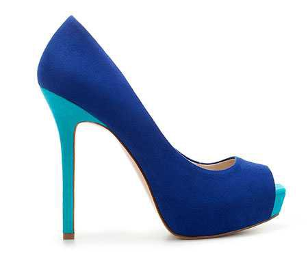 Blue and turquoise suede-effect peep toes from Zara > Shoeperwoman