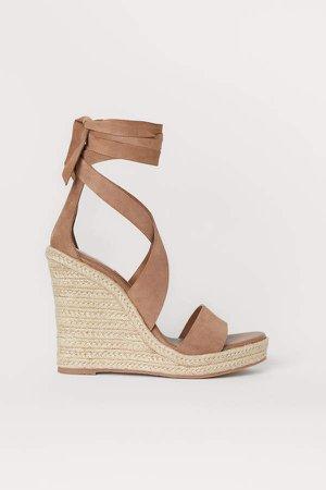 Suede Wedge-heel Sandals - Beige