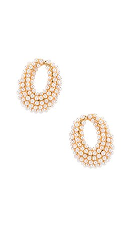 Ettika Pearl Hoop Earring in Pearl & Gold | REVOLVE