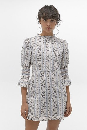 UO Maisy Floral Victoriana Mini Dress 75.00 €