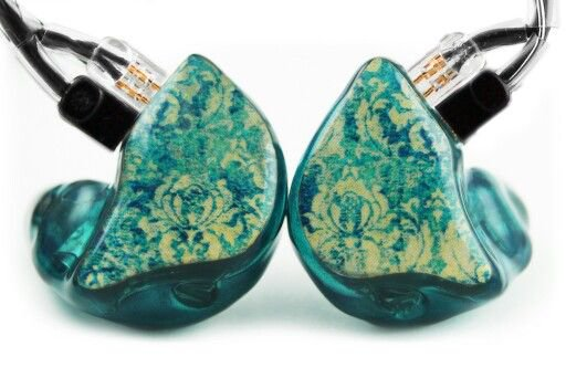 In-ear turquoise