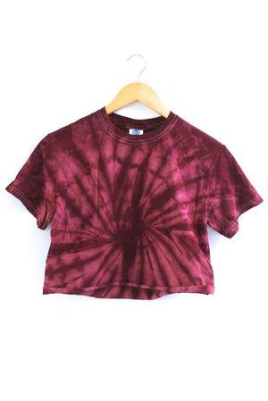 tie dye maroon shirt