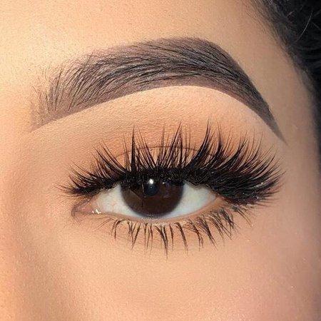 Eye Love It Lashes – boldfacemakeup