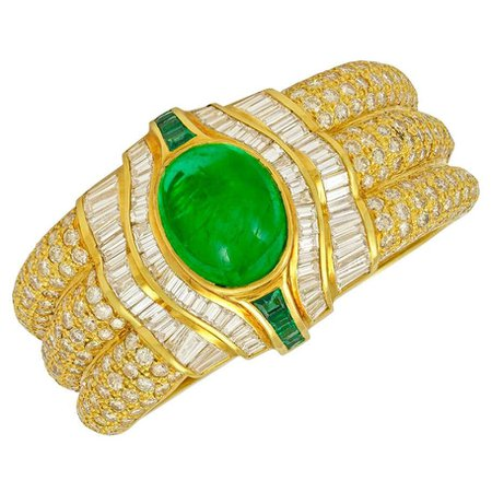 18 Karat Gold Diamond, Emerald Cuff Bracelet For Sale at 1stDibs