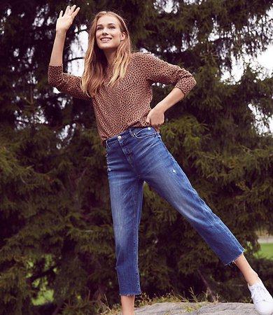 High Rise Straight Crop Jeans in Dark Indigo