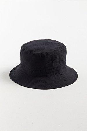 UO Seersucker Bucket Hat | Urban Outfitters