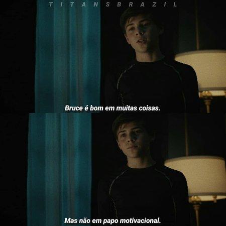 "Titans Brasil en Instagram: ""1x08 #titans #dcutitans #robin #brucewayne"""
